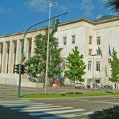Bozen Landesgericht Gerichtsplatz