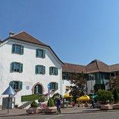 D-0292-st-michael-rathausplatz-bauernmarkt.jpg