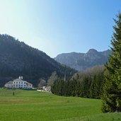 D-0346-kurtatsch-oberfennberg-schloss-ulmburg.jpg