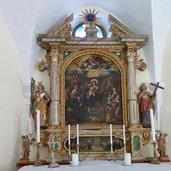 D-0483-gaid-14-nothelfer-kirche-altar.jpg