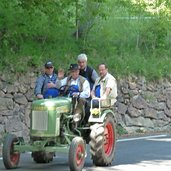 D-0803-traktorverkehr-bei-perdonig.jpg