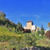 D-Eppan-Herbst-Schloss-Korb5594.jpg