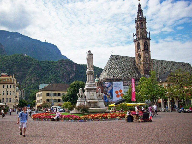 Historic centre Bolzano and surroundings Wine Route