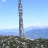 The little Penegal provides a great view on the surroundings as well as a cross at its top. Foto: RD, © Peer