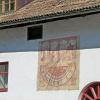 Ad ovest di Frangarto si trova la residenza Pillhof con la famosa enoteca. Foto: AT, © Peer