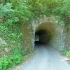 Der Tunnel ist ein Tor zu einer anderen Welt. Foto: AT, © Peer