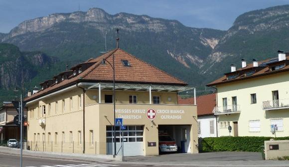 Weißes Kreuz Station Eppan 2011