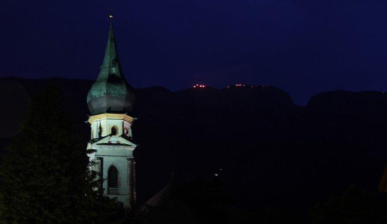 Herz Jesu Feuer, Foto: EMS, © Peer