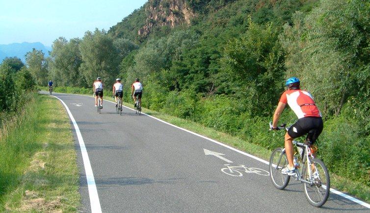 Sulla pista ciclabile da San Michele di Appiano a Bolzano, Foto: AT, © Peer
