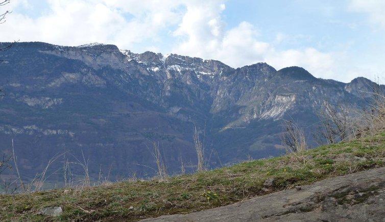 Klettersteig Roen : Wanderung von tramin auf den roen kaltern südtiroler weinstrasse