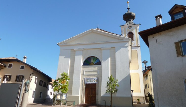 Pfarrkirche Girlan, Foto: AT, © Peer