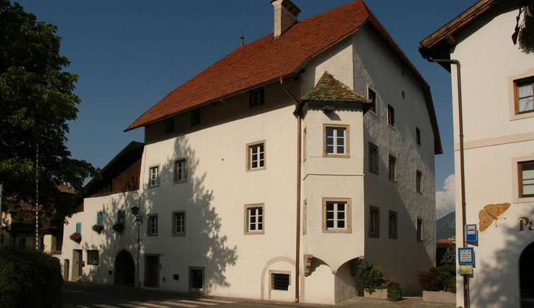 Ansitz Lanserhaus, Foto, © Tourismusverein Eppan